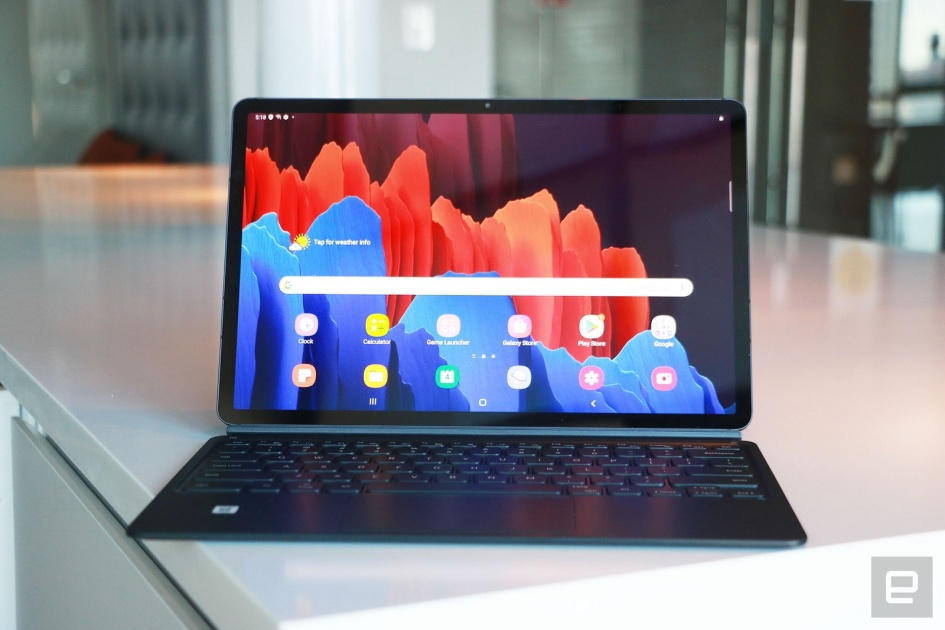 Samsung Galaxy Tab S7+ hands-on: It's all about that spec sheet